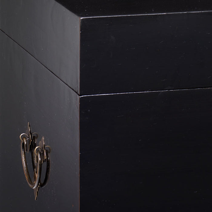 Blanket Trunk, Black Lacquer