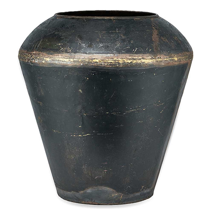 Endo Reclaimed Iron Pot