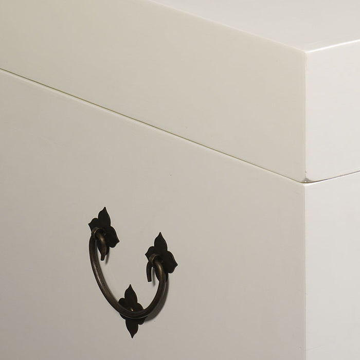 Square Trunk, Cream Lacquer