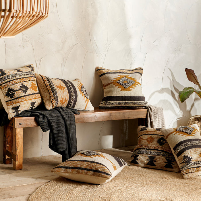 Tussi Cushion Cover collection