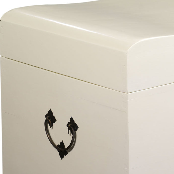 Wave Trunk, Cream Lacquer