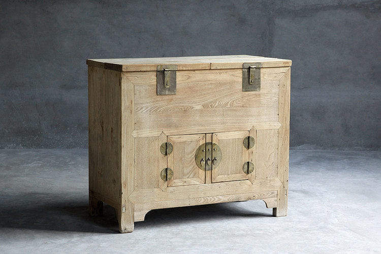 Beijing Elm Money Trunk