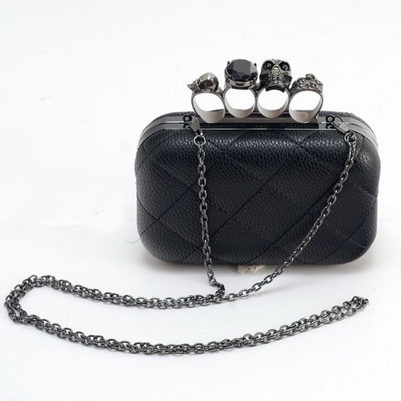 Glam Ghoul Skull Knuckle Ring Clutch