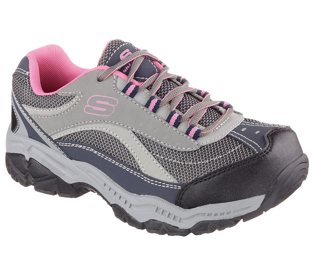 Cromwell Shoes at Pearlridge Center carries a wide range of safety work shoes for women.  We carry similar brands and styles as Work Shoe Hawaii in Honolulu, Hawaii Oahu.