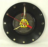 Clock made w/a CHICAGO BEARS Shufflin' Crew Record / SUPERBOWL SHUFFLE