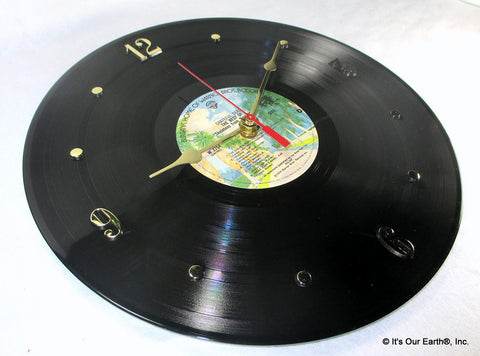 "Clock made w/a GRATEFUL DEAD Record / ""Skeletons From The Closet"" (1974)"