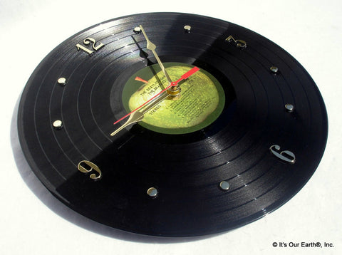 "Clock made w/a BEATLES Record ""The Beatles Again / Hey Jude"" (1970)"