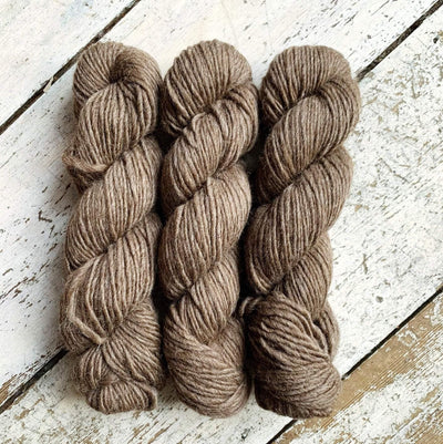 100% BFL Natural Roving Yarn West Yorkshire Spinners Yarn Brown 003