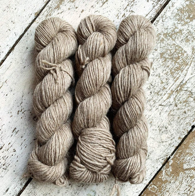 100% BFL Natural Roving Yarn West Yorkshire Spinners Yarn Light Brown 002
