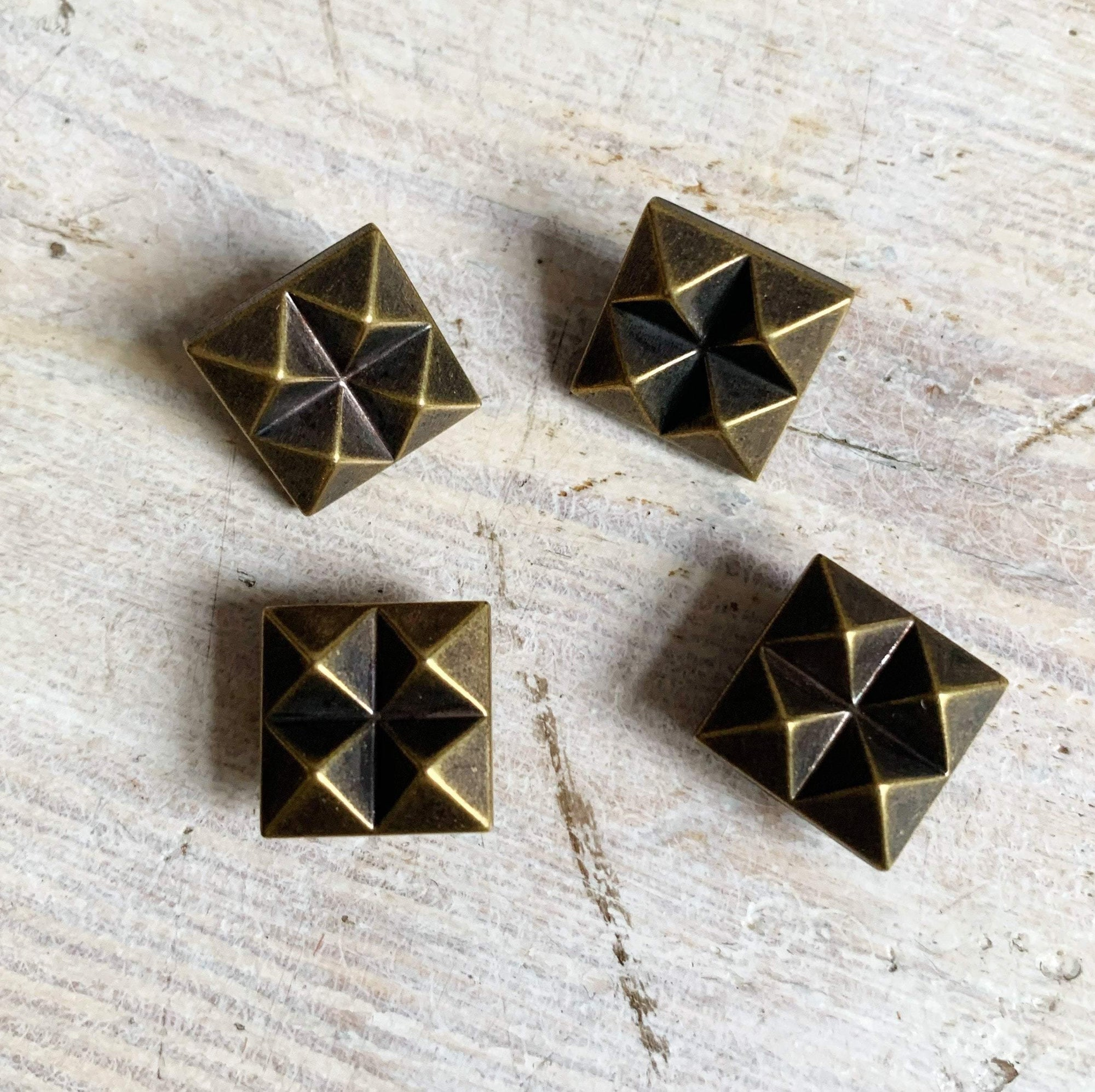 12mm - Bronze with Raised Points TextileGarden Buttons & Fasteners