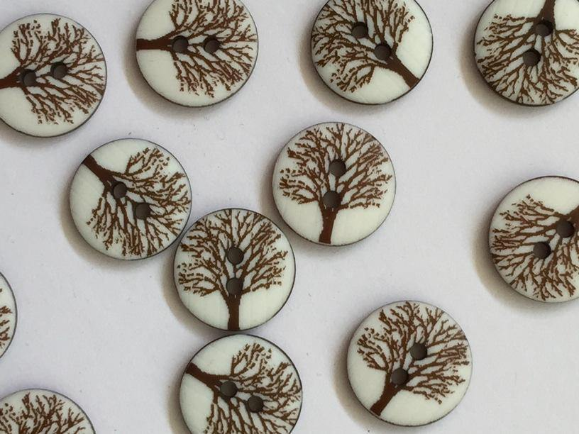 15mm - Matt White with Tree TextileGarden Buttons & Fasteners