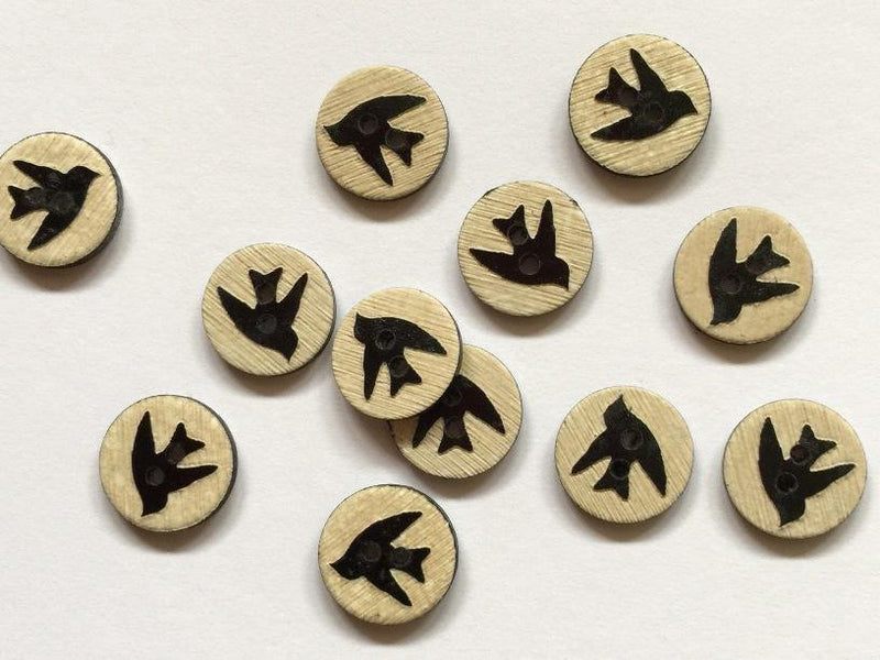 15mm - Natural Wood with Laser Black Bird TextileGarden Buttons & Fasteners