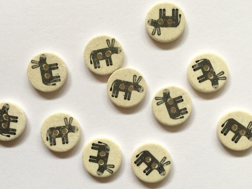 "Pale Coconut with Grey Donkey 15mm (5/8"") Buttons"