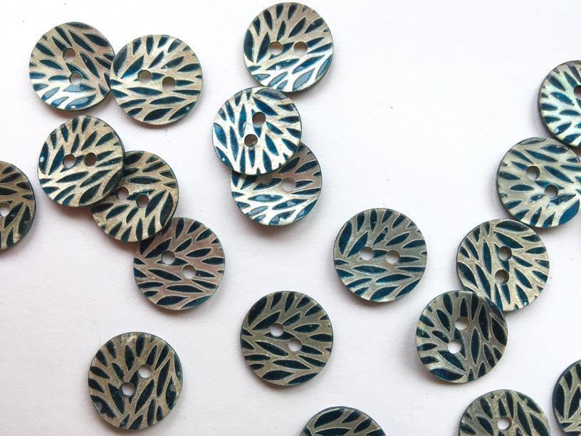 "Teal Leaf Pattern Shell 15mm (5/8"") Buttons"