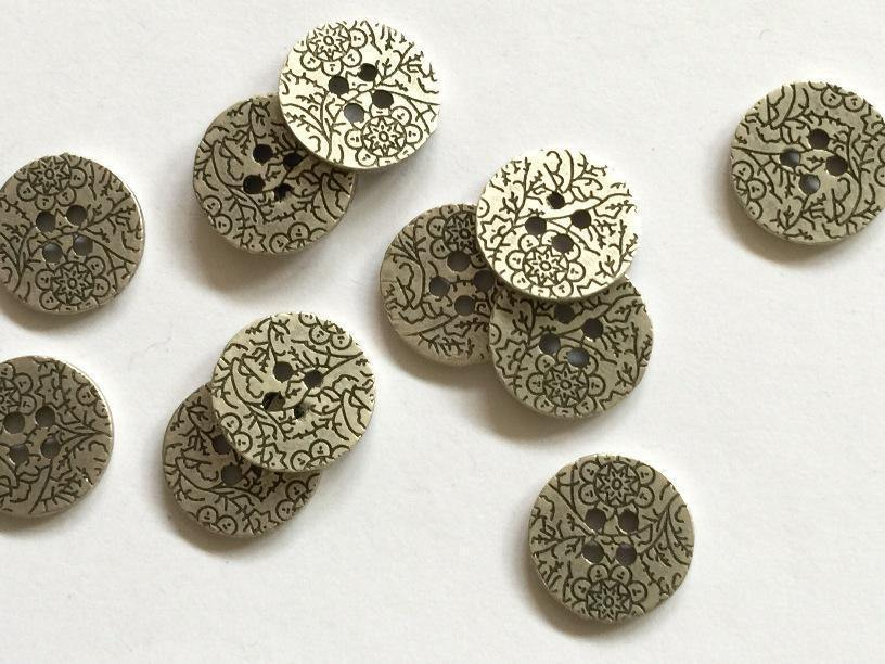 "Zinc with Black Floral Pattern 15mm (5/8"") Buttons"