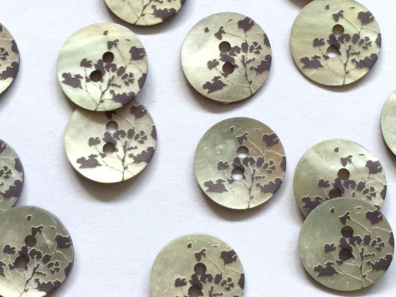 "Dark Purple/Blue Leaf Pattern 18mm (¾"") Shell Buttons"