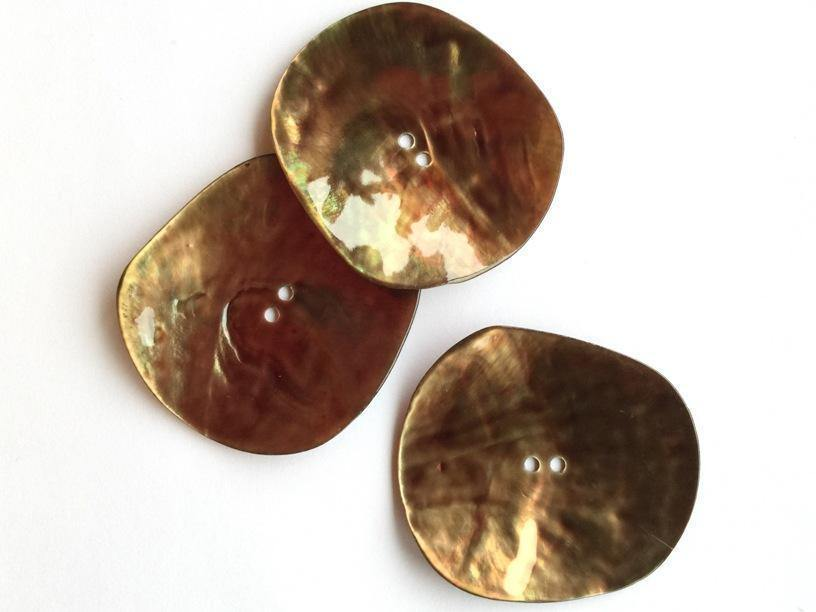 Irregular Shape Glossy Taupe 48mm Shell Buttons