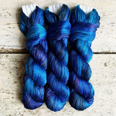 Artyarns Inspiration Club: LYS Day 2020 Blue Artyarns Yarn Blue Silk Day Dream