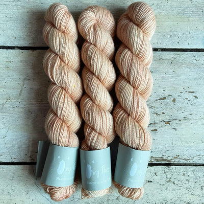 High Twist BFL Minis Qing Fibre Yarn