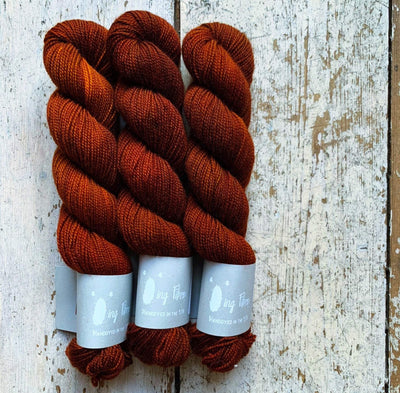 High Twist BFL Minis Qing Fibre Yarn Honeycomb