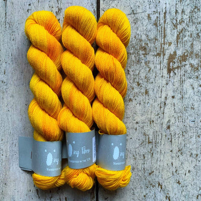 High Twist BFL Minis Qing Fibre Yarn Yellow Yellow