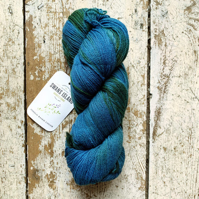 Ikat Watercolours Swans Island Yarn Indigo-Teal Ikat