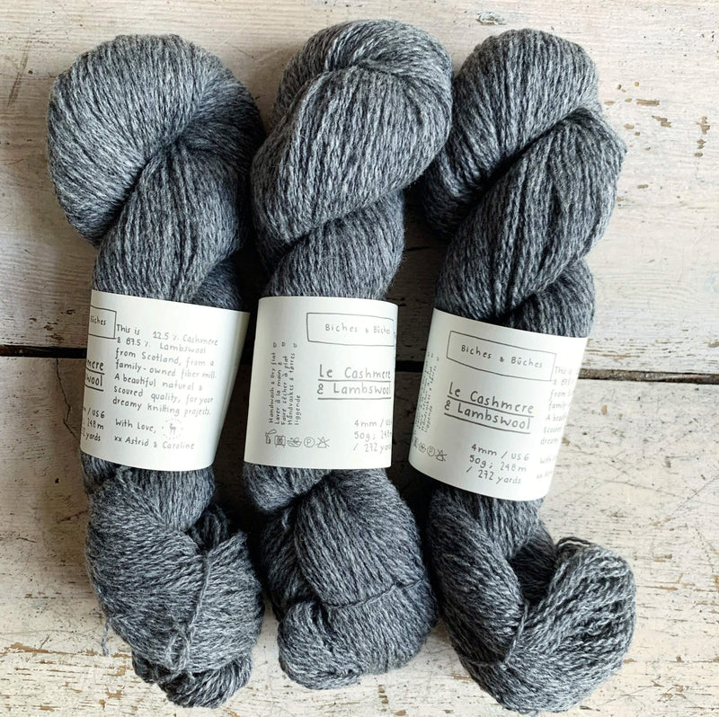 Le Cashmere & Lambswool Biches & Bûches Yarn Le Cashmere Light Grey