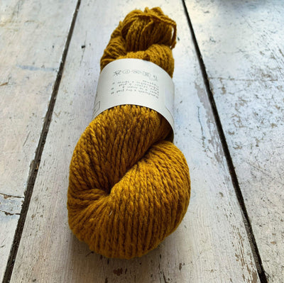 Le Gros Lambswool Biches & Bûches Yarn Le Gros Dark Yellow