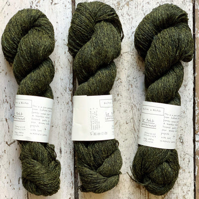 Le Petit Lambswool Biches & Bûches Yarn Le Petit Dark Green Grey