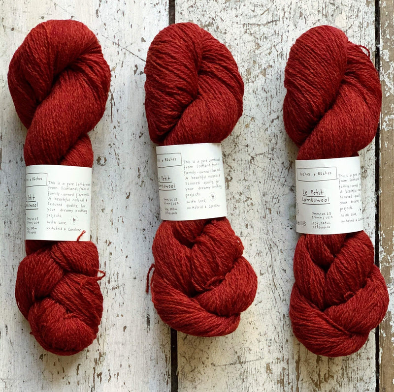 Le Petit Lambswool Biches & Bûches Yarn Le Petit Dark Burgundy Grey
