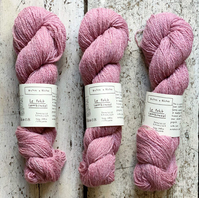 Le Petit Lambswool Biches & Bûches Yarn Le Petit Light Pink
