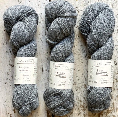 Le Petit Lambswool Biches & Bûches Yarn Le Petit Medium Grey