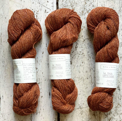 Le Petit Lambswool Biches & Bûches Yarn Le Petit Red Brown