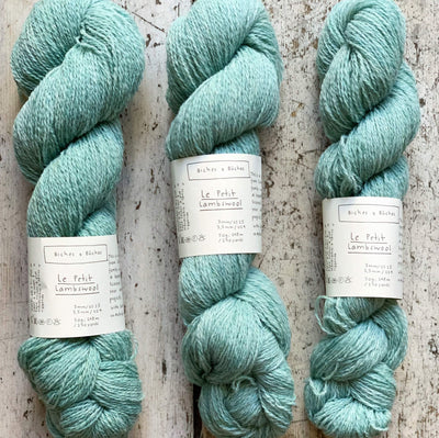 Le Petit Lambswool Biches & Bûches Yarn Le Petit Turquoise