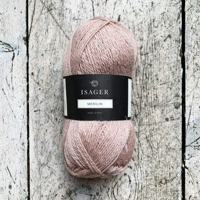 Merilin (2) Isager Yarn Merilin 61