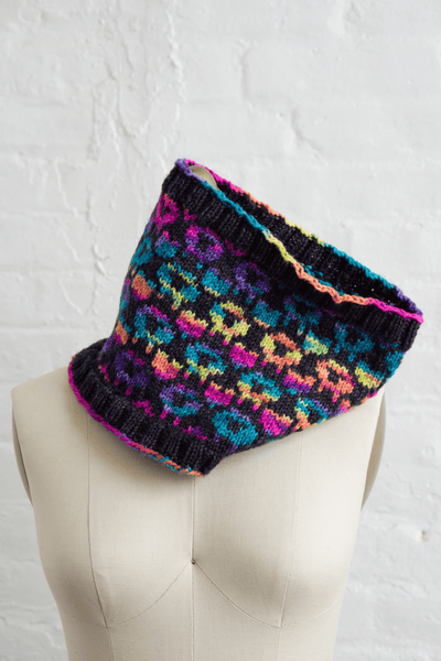 Psychedelic Sheep Hat & Cowl Pattern Manos del Uruguay Pattern