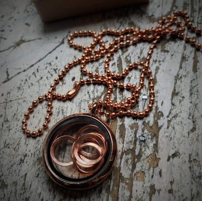 Rose Gold Coloured Stitch Marker Pendant An Caitín Baeg Stitch Markers & Row Counters