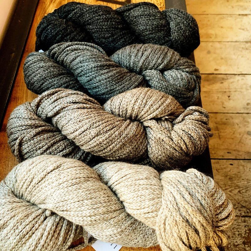 Santi II Illimani Yarn