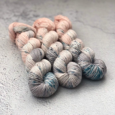Spectrum Pure Silk Spectrum Fibre Yarn Rock Salt