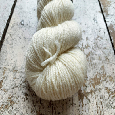 The Croft Shetland DK West Yorkshire Spinners Yarn Langa 010