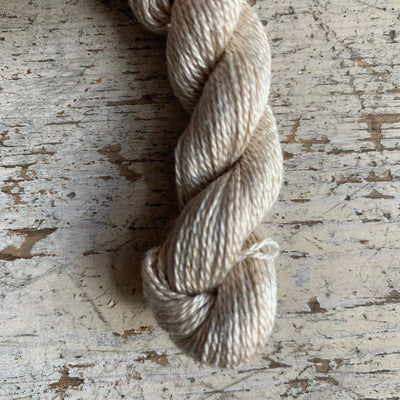 Trava Pure Silk Micro Skeins / Embroidery Threads Trava & Wool Yarn 21 Ivory