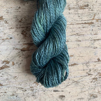 Trava Pure Silk Micro Skeins / Embroidery Threads Trava & Wool Yarn 26 Green-Blue