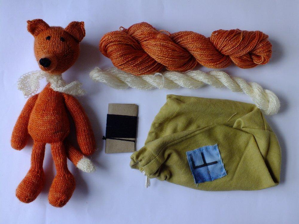 Trava Teddy Bear & Fox Kit Blue Sky Fibers Kits & Combos