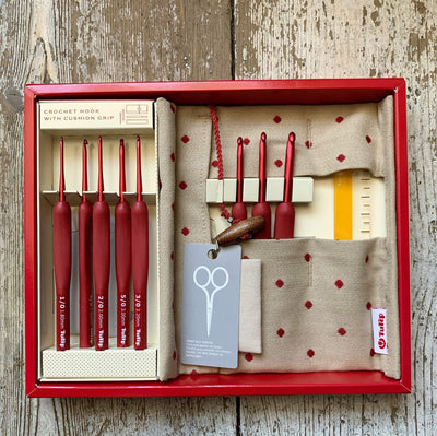 Tulip ETIMO RED Cushion Grip Crochet Hook Set Tulip Crochet Hooks