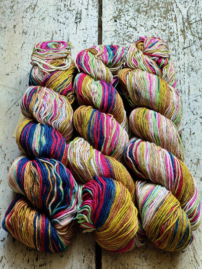 Uneek Cotton Urth Yarns Yarn 1082