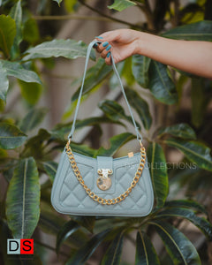 Curved Chain Detailed Shoulder Bag