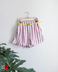 Vetical Stripe Shorts With Belt
