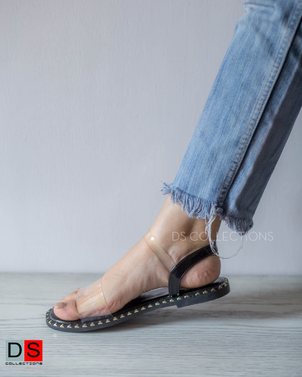 Translucent Strap Slipper