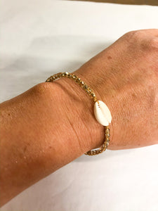 GOLD CRYSTAL QUARTZ SHELL BRACELET - SMALL CRYSTALS