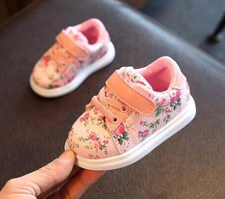 Cute Baby Shoes For Girls Soft Moccasins / Sneakers - StrawberryDaze